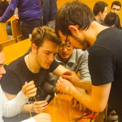marshmallow challenge 0 l'Université d'Amiens Picardie Jules Verne